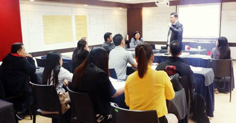 Mr. Mark So teaching about Forex Trading