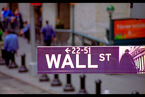 wall street Are You an Investor or a Trader? A Simple Test To Find Out